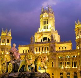 Madrid is a city  of street talks, with intense fragrances, including roasted chestnuts - during autumn and winter.